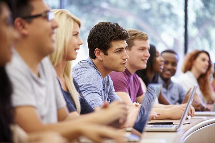 كل ما تريد معرفته عن الكليات وأقسامها في الجامعات المصرية
