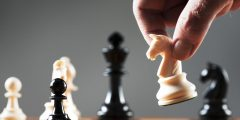 كتاب أحجار على رقعة الشطرنج