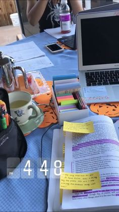 Photo of قنوات الكتب على يوتيوب